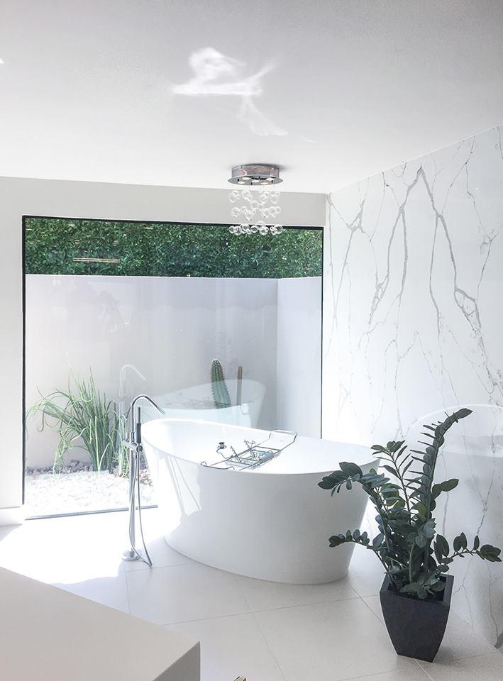 Creative master bathroom designs
